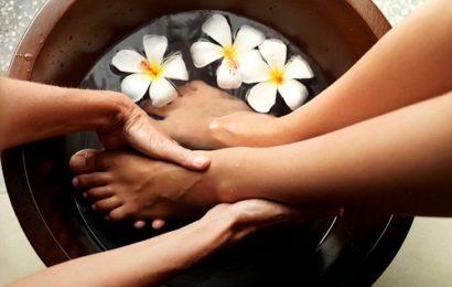 """Không nên bỏ quả liệu pháp""""massage""""chân' với ghế massage"""